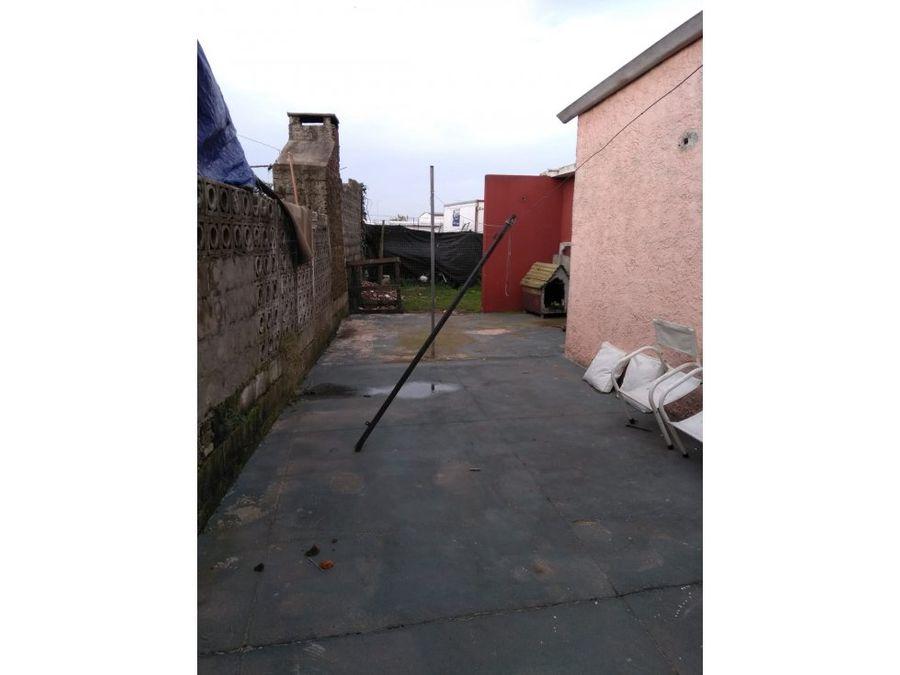 se vende casa en barrio biarritz maldonado