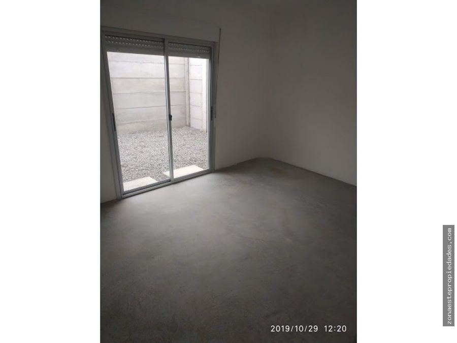 se alquila lindo apartamento en barrio tassano