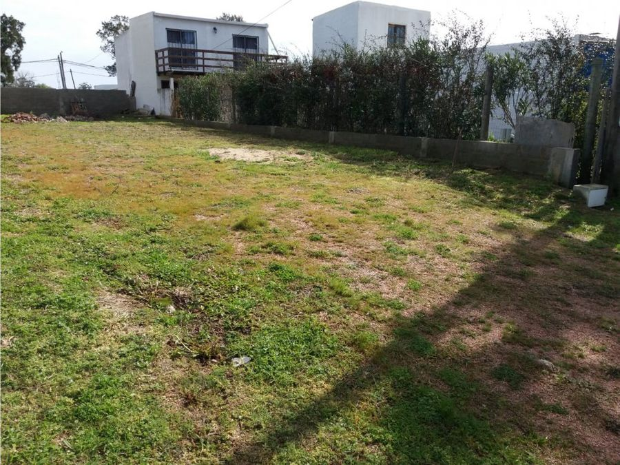 se vende terreno barrio biarritz maldonado