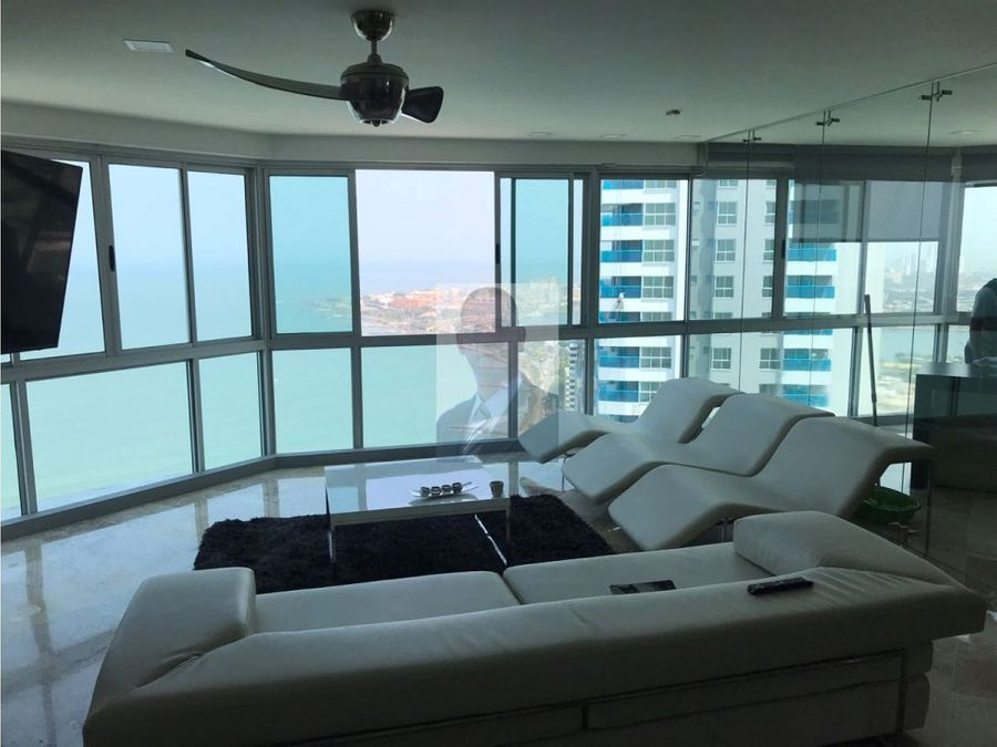 hermoso penthouse bocagrande