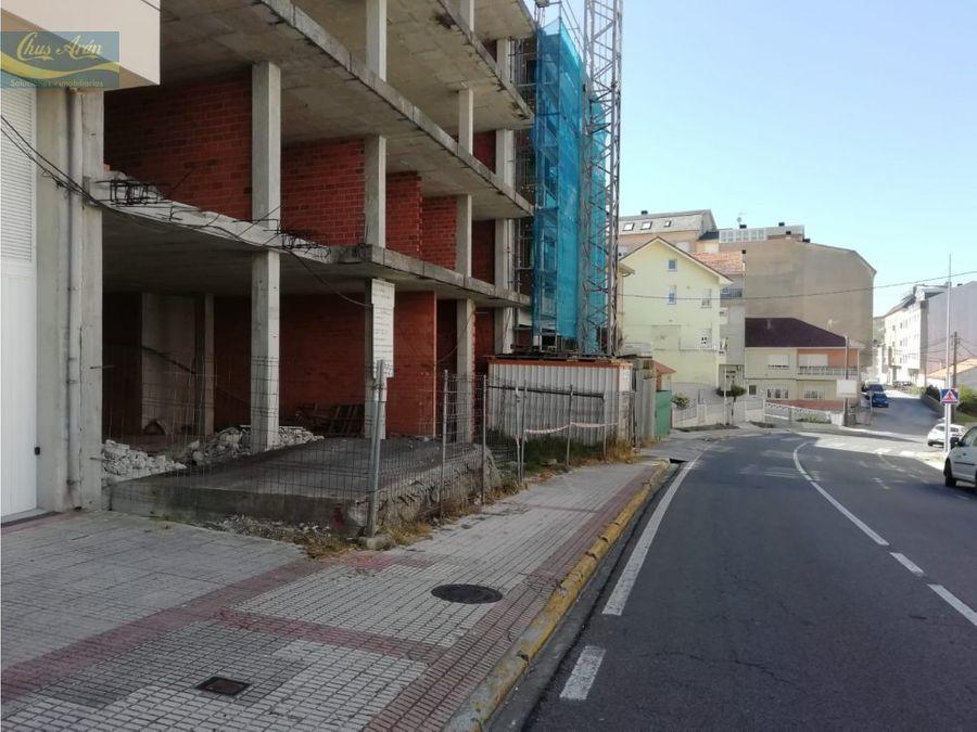 edificio en construccion en el centro de laxe