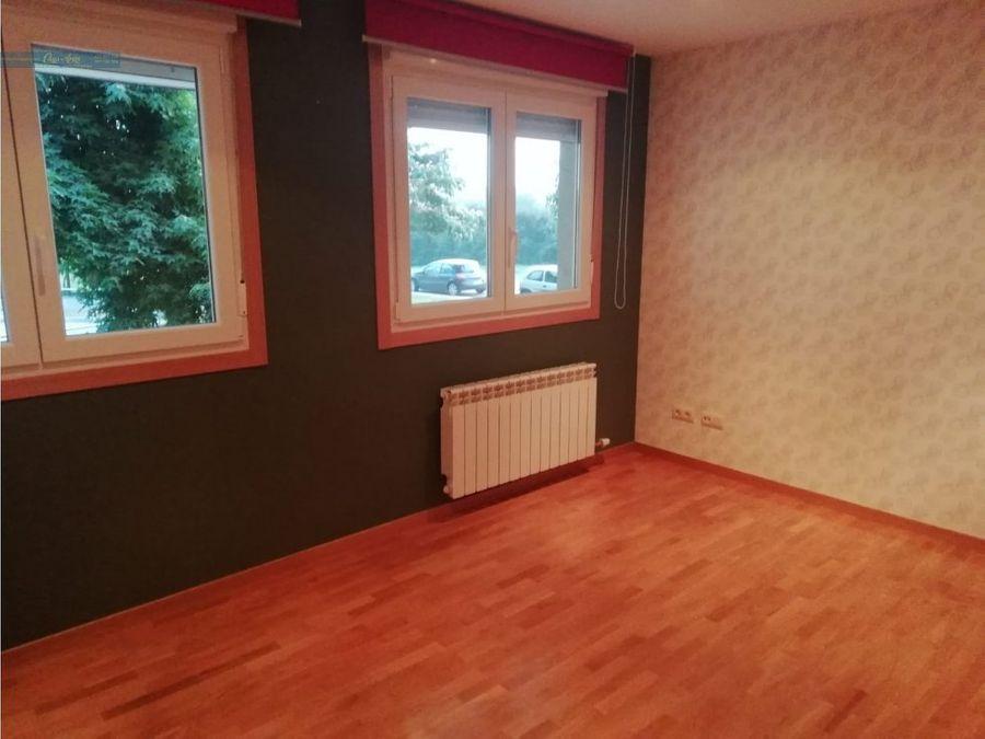 se vende estupendo piso en laracha