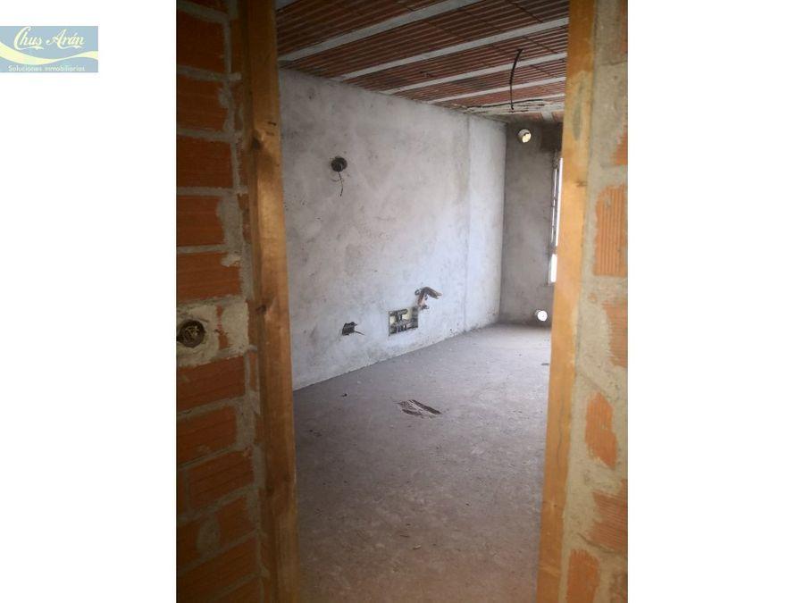 piso para reformar en rua sol de carballo
