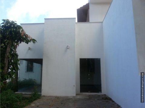 casa en venta los geranios jf7 mls20 6051
