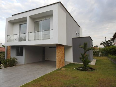 hermosa casa estilo minimalista jamundi