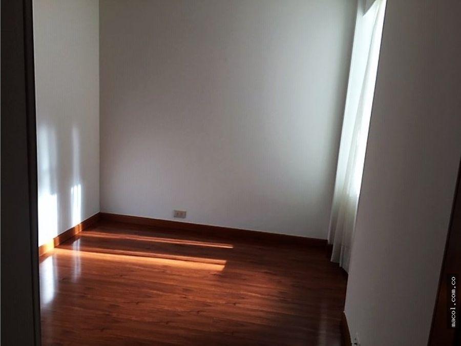 arriendo apartamento en el chico virrey