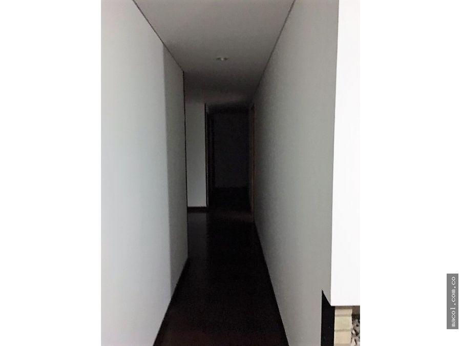 vendo lindo penthouse en mazuren