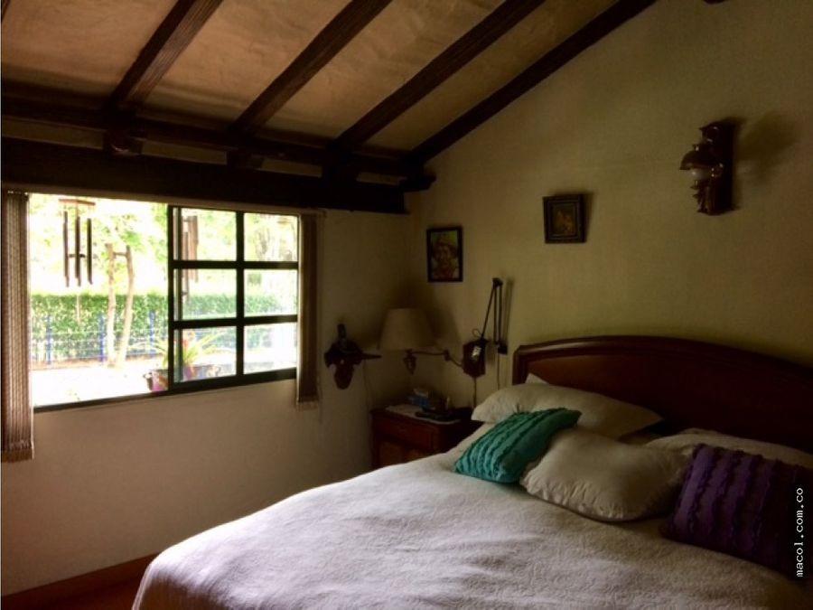 vendo casa colonial en santacoloma bogota