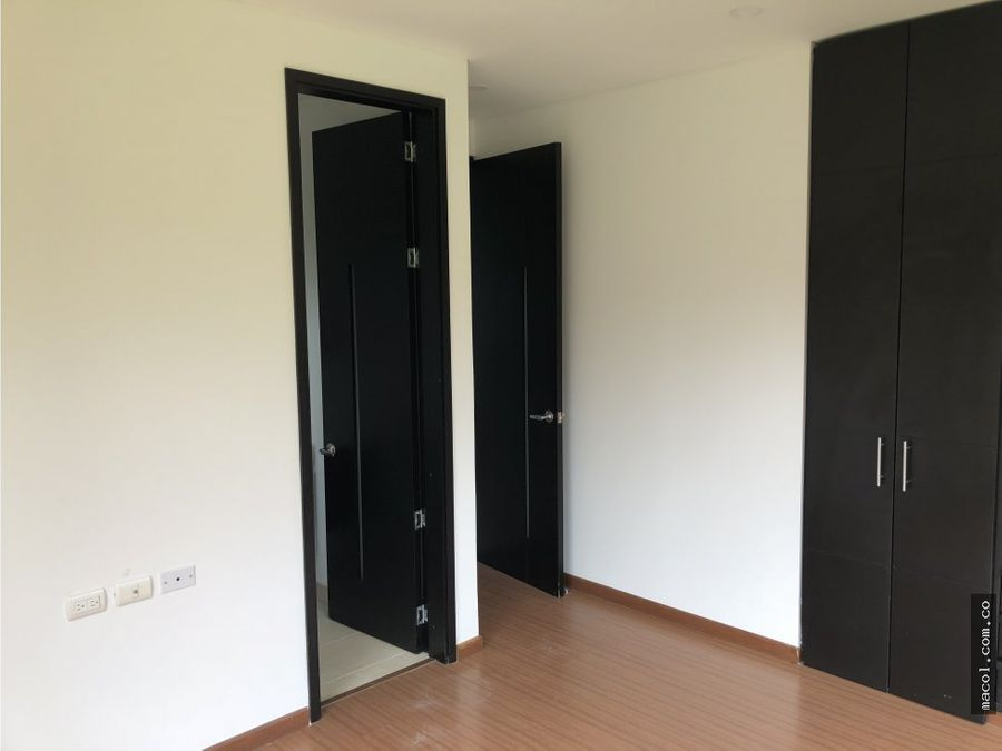 vendo espectacular casa condominio renania
