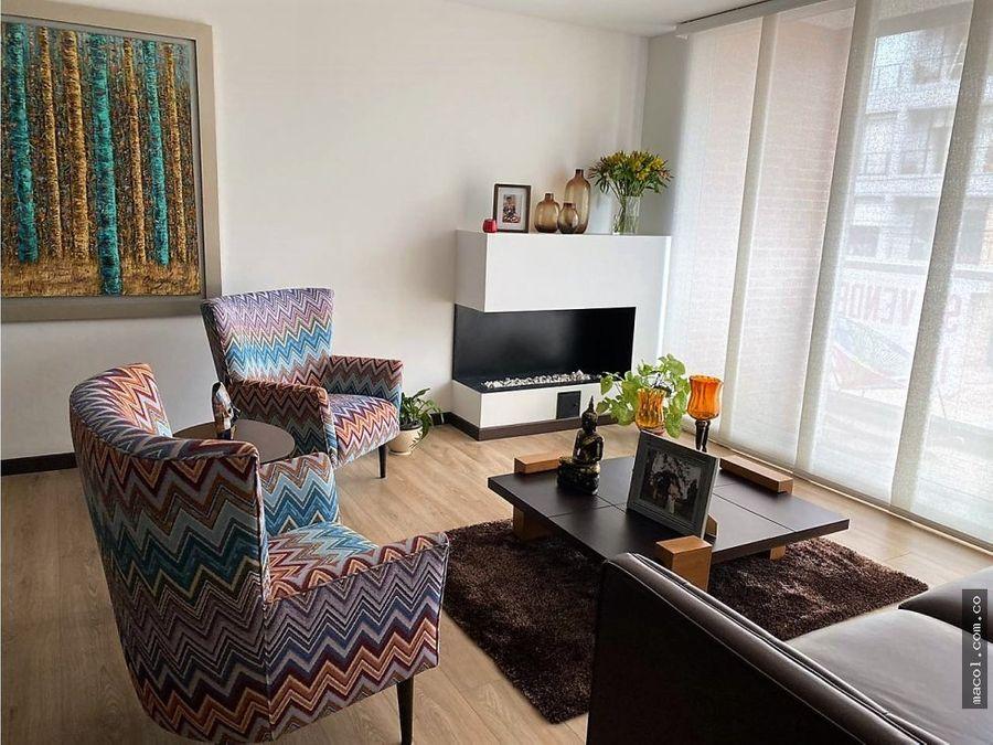 vendo lindo apartamento en chico navarra con balcon