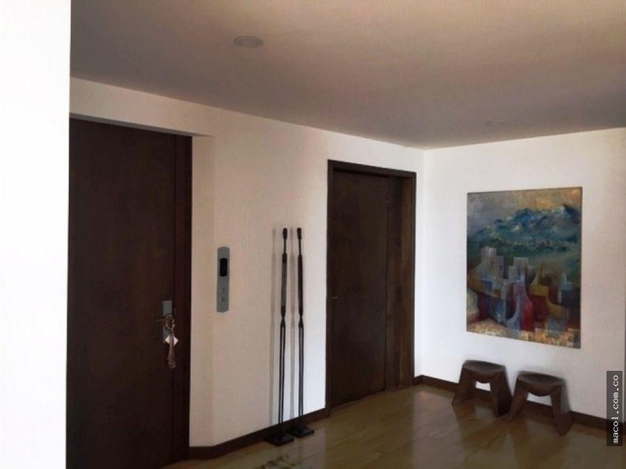 vendo excelente apartamento en serramonte