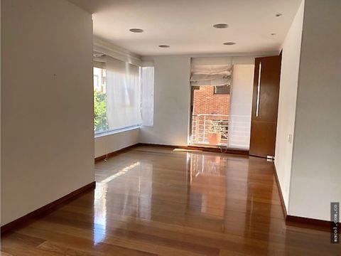 vendo excelente apartamento en la cabrera con terraza