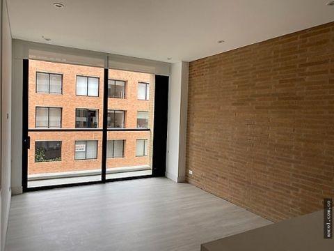 vendo o arriendo apartamento en chico reservado con balcones