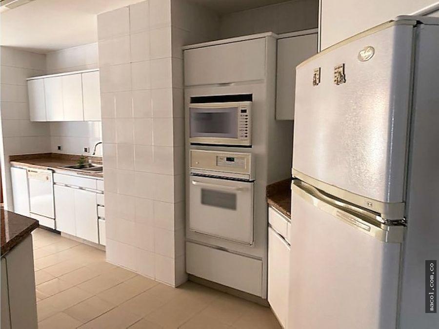 vendo o arriendo excelente apartamento en el nogal