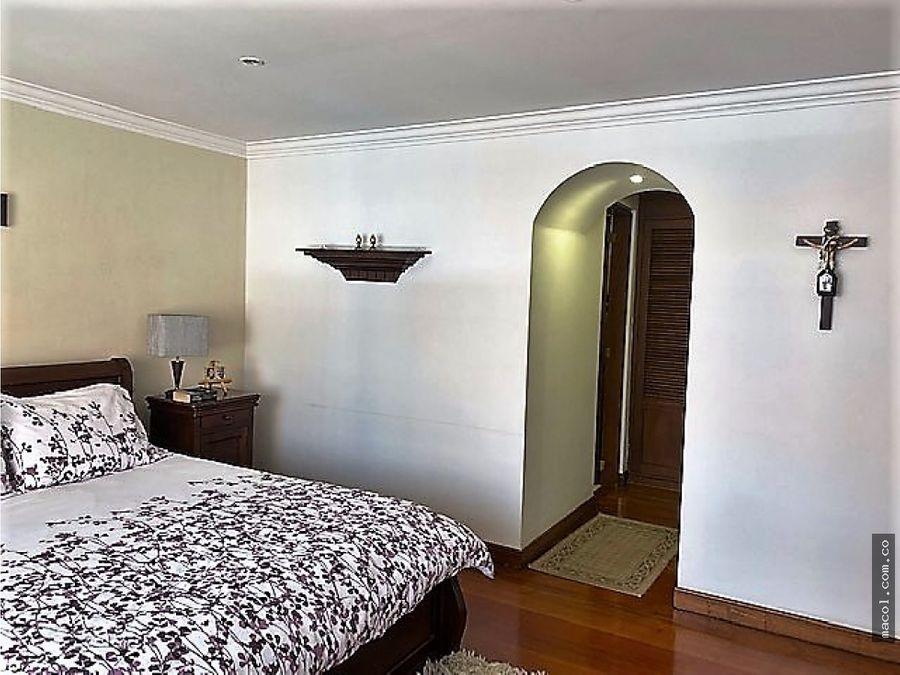 vendo excelente apartamento en el virrey