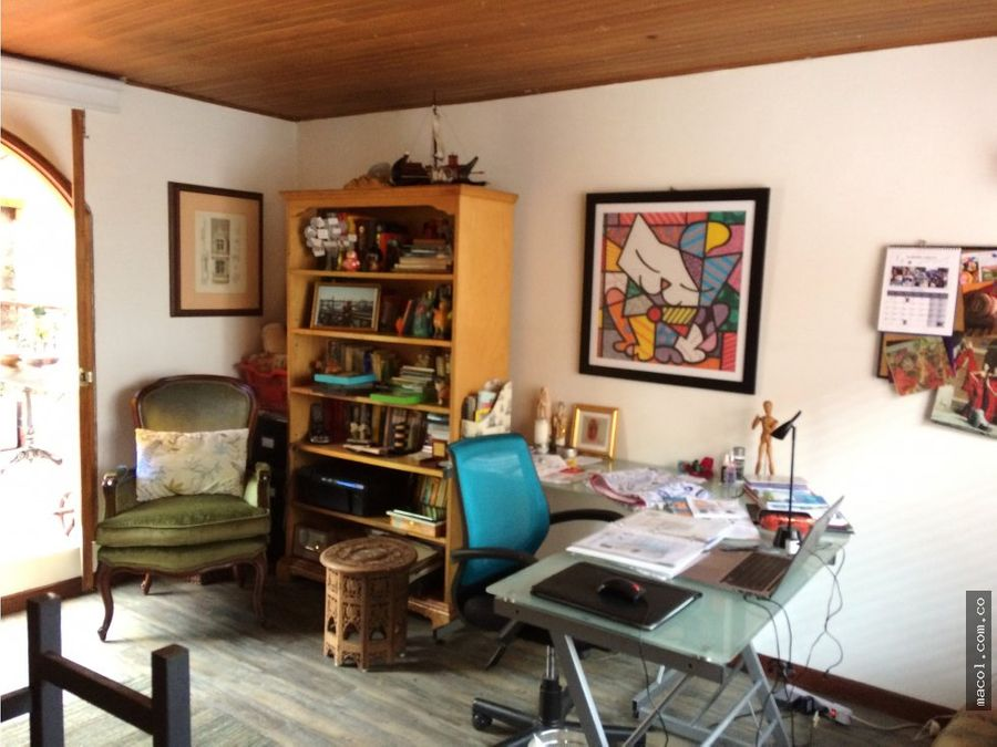 vendo linda casa en chico navarra