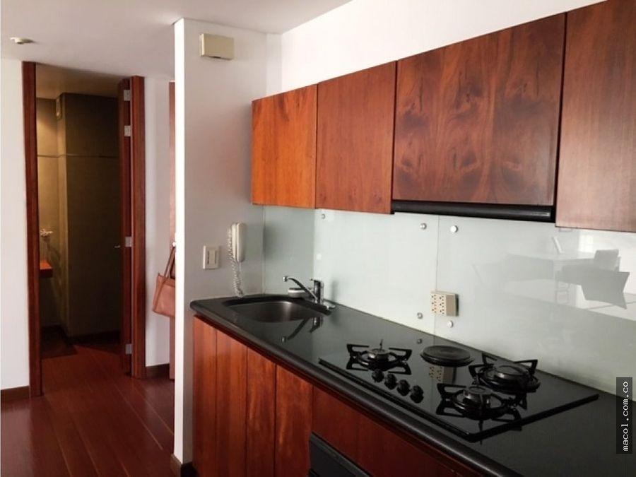 excelente apartamento amoblado en chico reservado