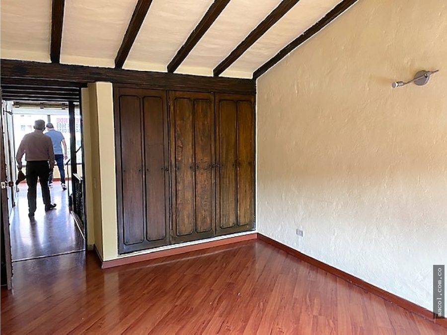 vendo casa tipo colonial en conjunto cerrado