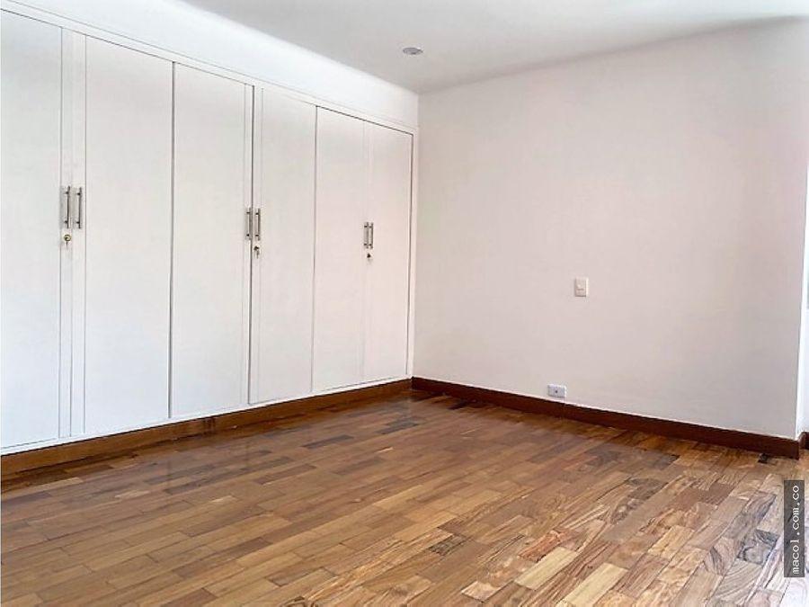 arriendo lindo apartamento en la cabrera cercano al liceo frances