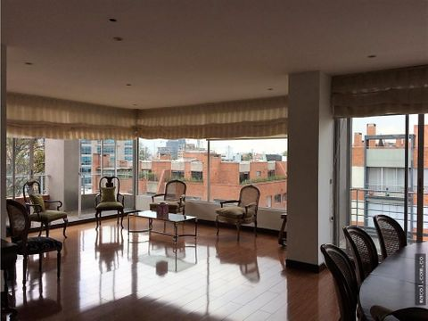 vendo pent house en chico navarra