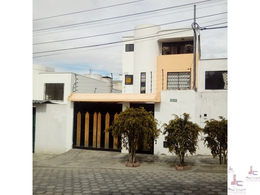 jc vende casa en conjunto privado de calderon