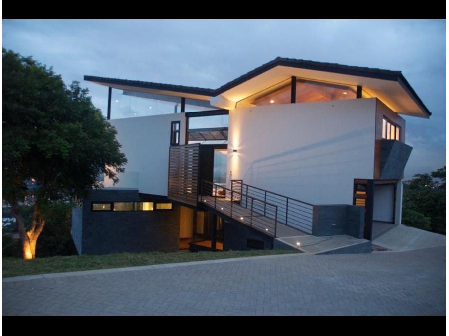 casa moderna en cerro real