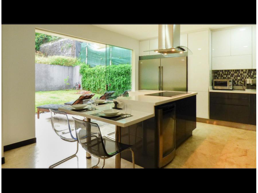 lujosa casa contemporanea en cerro real escazu