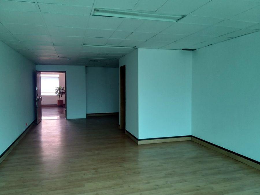 oficina en medellin los balsos