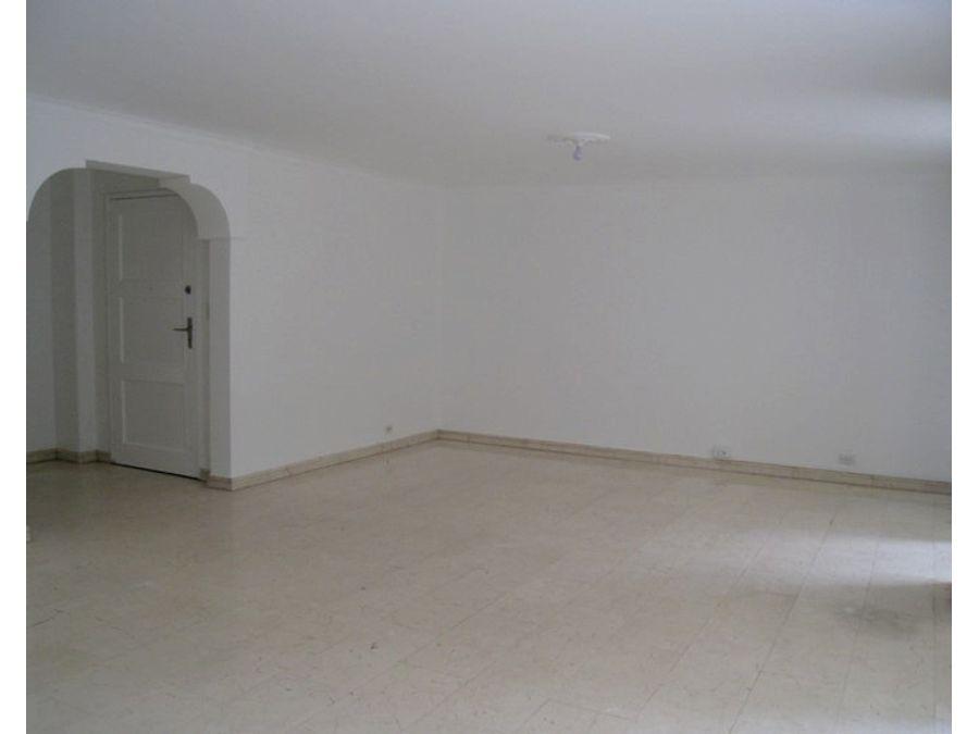 apartamento en venta en el poblado castilla catay