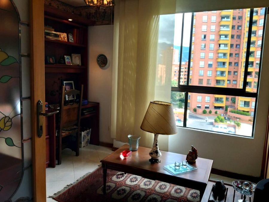 apartamento en venta en el poblado sector el campestre