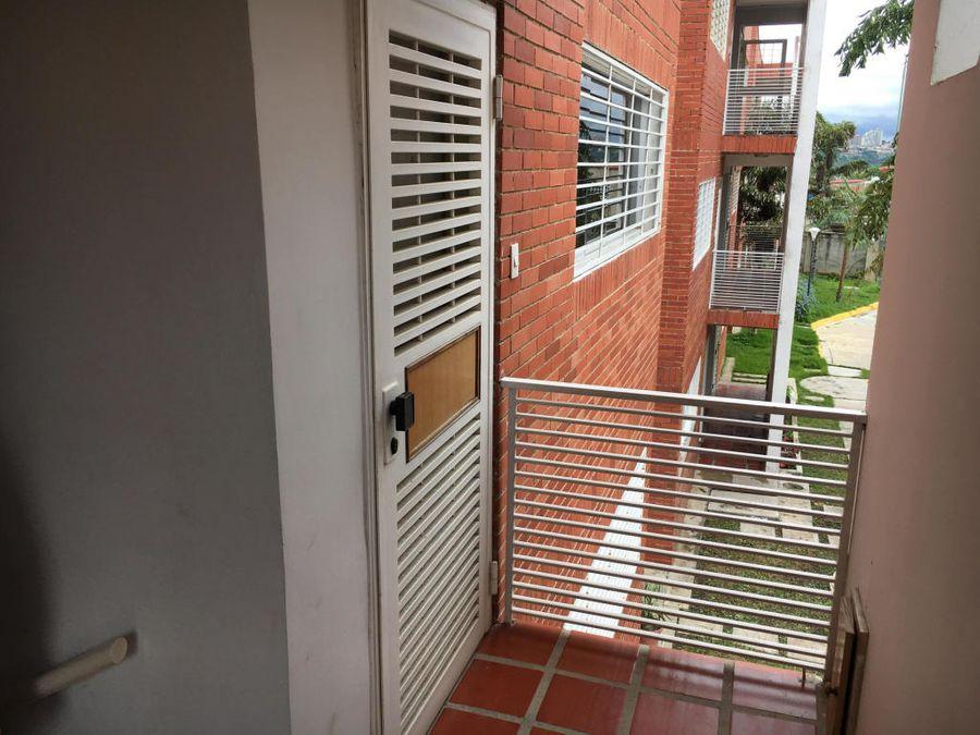 apartamento en venta cabudare rah20 717 fc