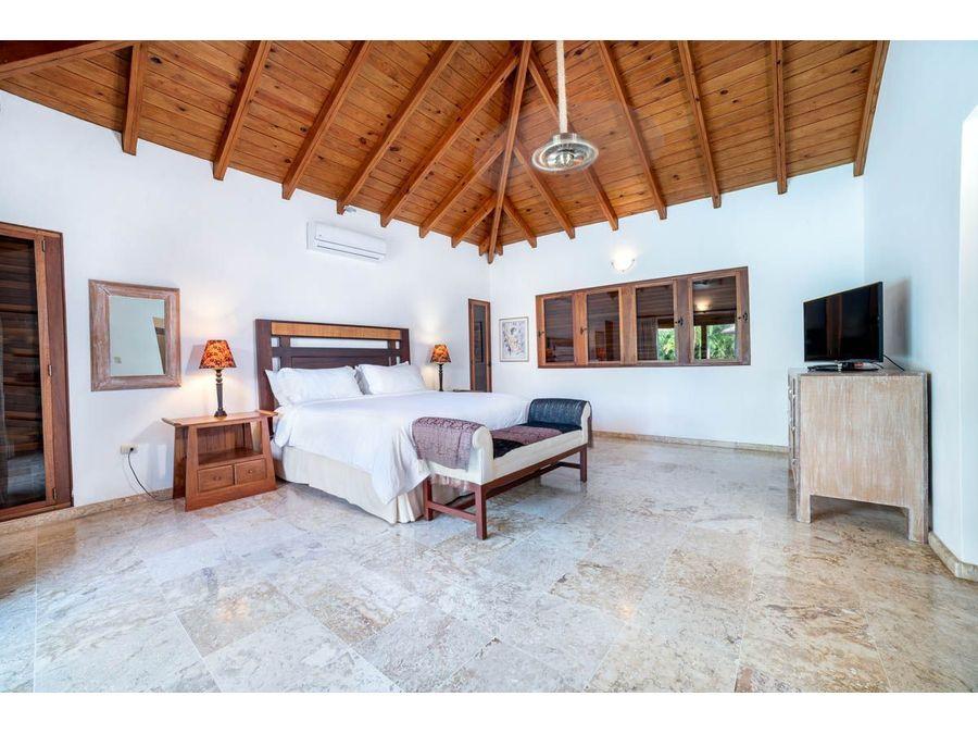hermosa tropical villa de 6 hab cerca de la playa