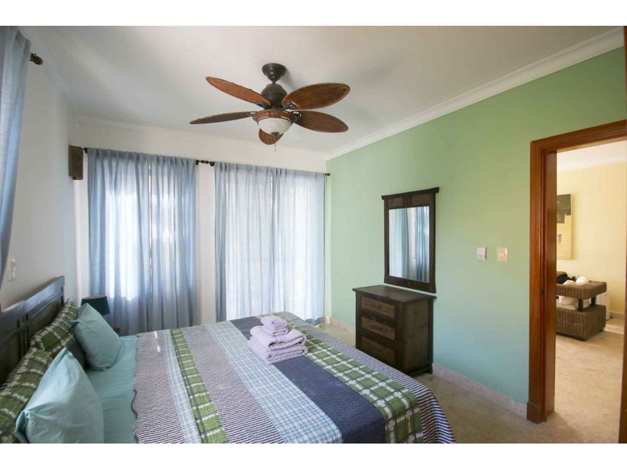 apartamento de 2 hab en la residencia con su propia playa