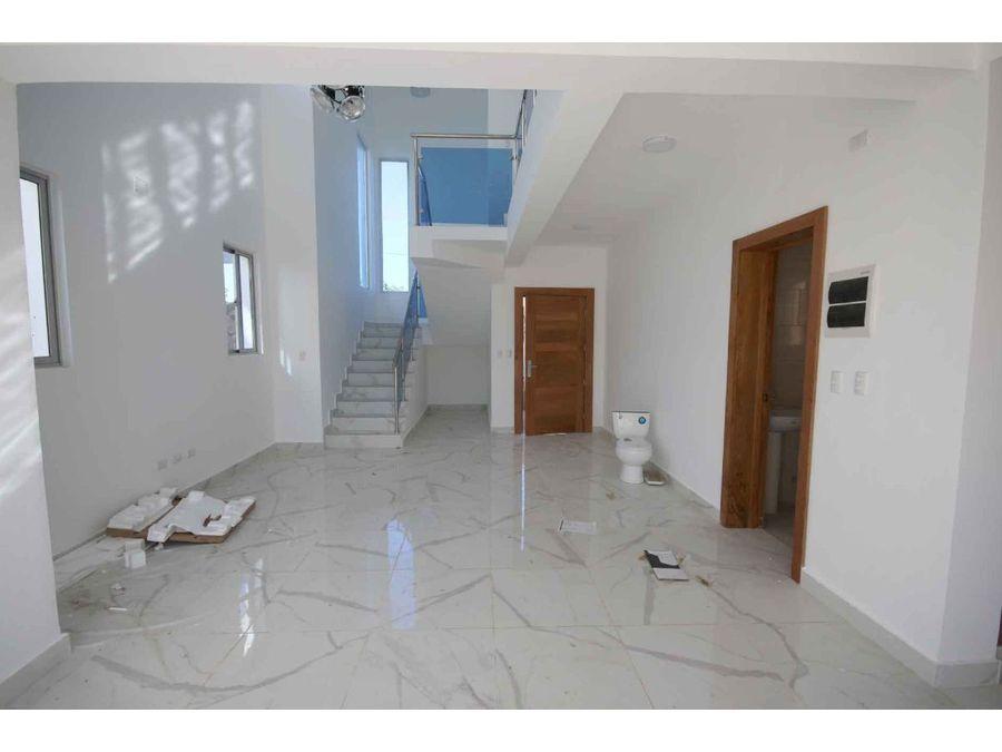 el ejecutivo nueva casas de 3 hab con piscina en bavaro punta cana