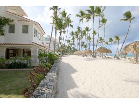 apartamento con 2 hab con vista al mar y la playa los corales