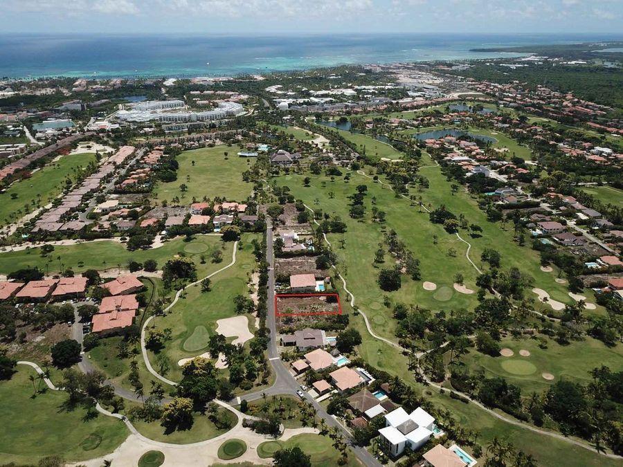 terreno para la construccion una villa con vistas al campo de golf