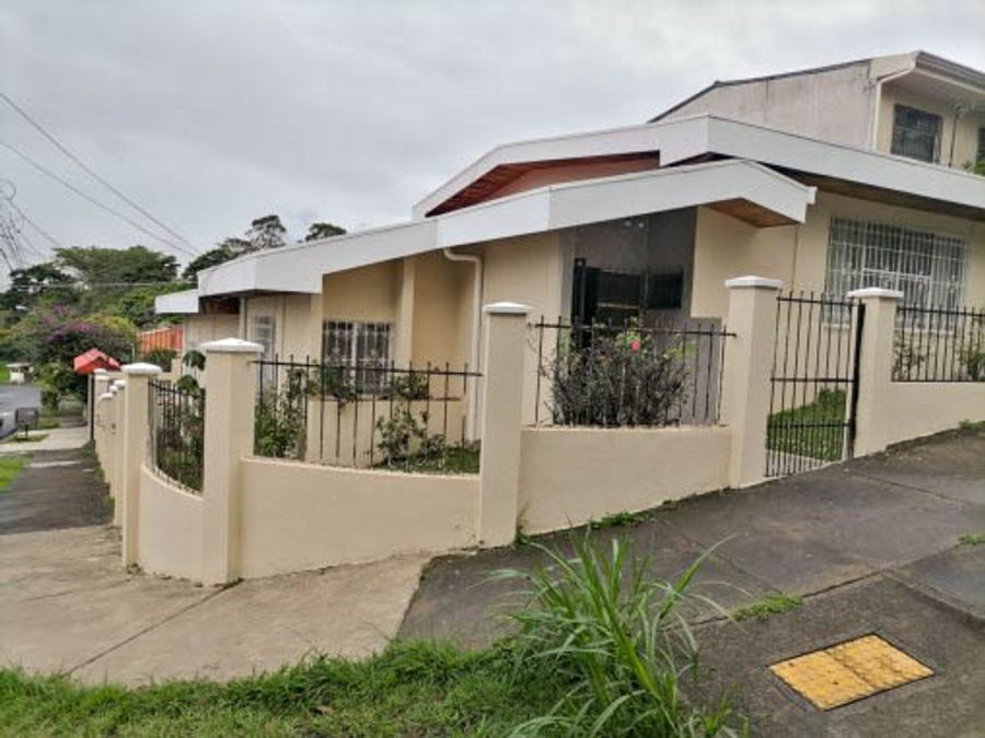 venta de casa en los colegios moravia