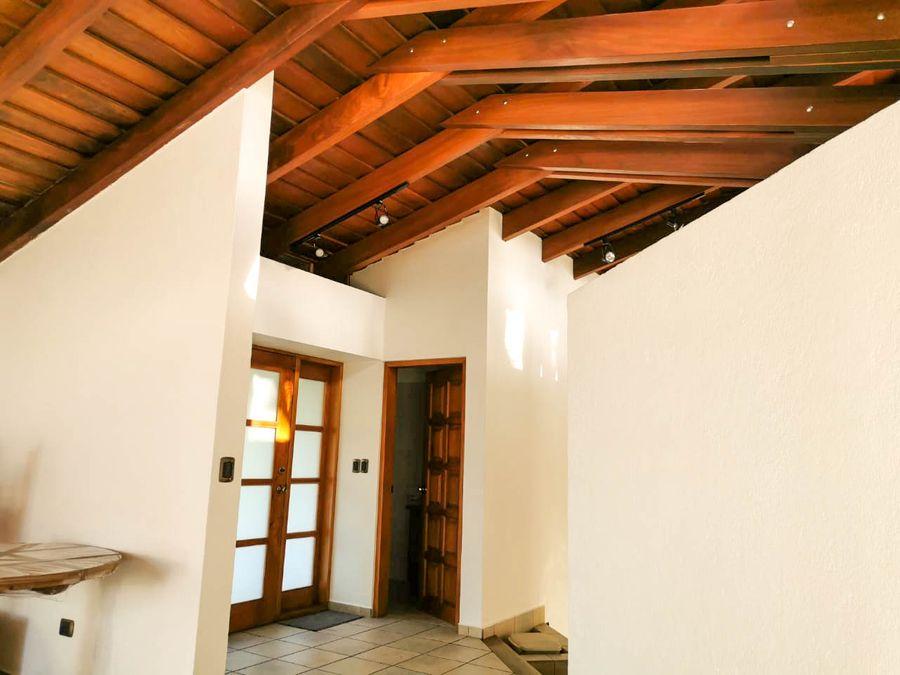 alquiler de linda casa con vista a las montanas ciudad colon