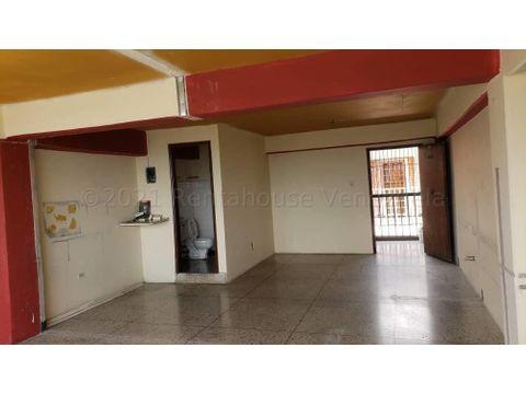 se vende oficina en centro barquisimeto rah 21 17366 fr