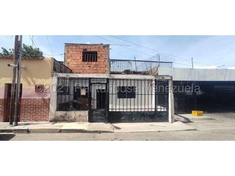 se vende local en centro barquisimeto rah 21 19575 fr