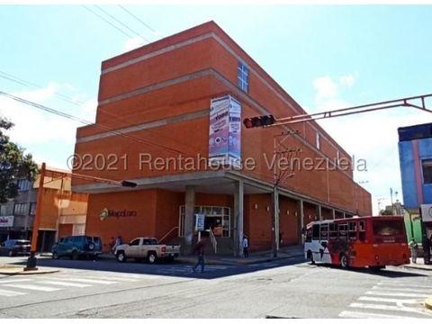 se vende local en centro barquisimeto rah 21 22036 fr