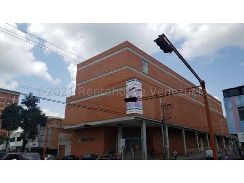 se vende local en centro barquisimeto rah 21 22304 fr