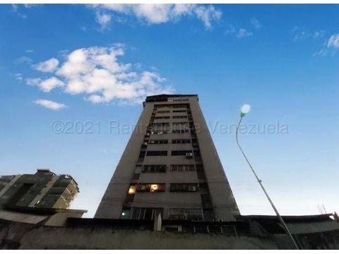 se vende apartamento en centro barquisimeto rah 21 11356 fr
