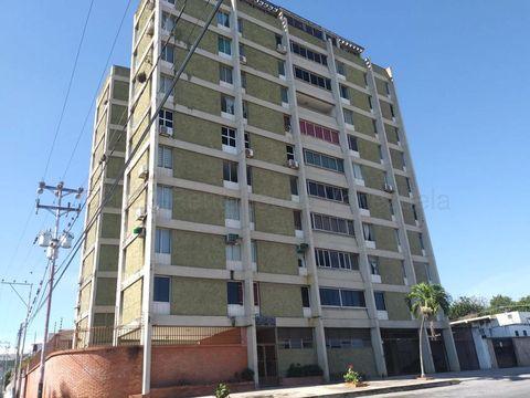 se vende apartamento en centro barquisimeto rah 21 11770 fr