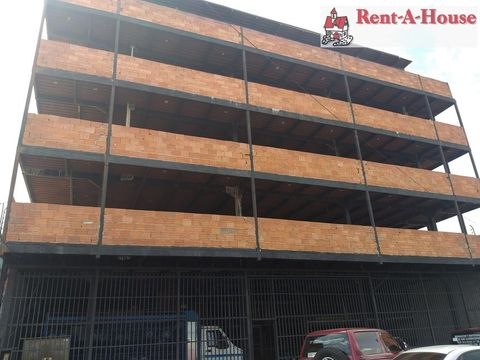 se vende local en centro barquisimeto rah 21 13548 fr