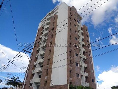 se vende apartamento en centro barquisimeto rah 21 23052 fr
