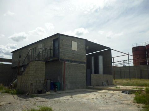 se vende galpon zona industrialbarquisimeto rah 21 9826 rde