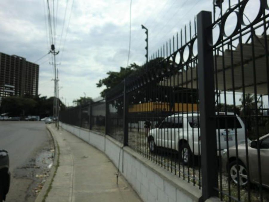 se vende galpon zona industrialbarquisimeto rah 21 11430 rde