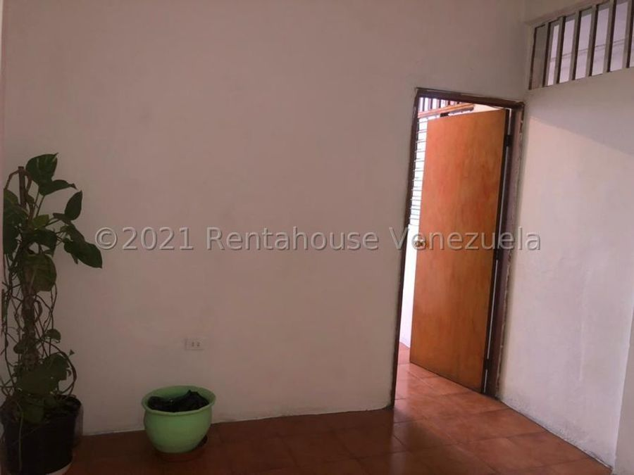 apartamento en alquiler zona este rah 21 24151 ey