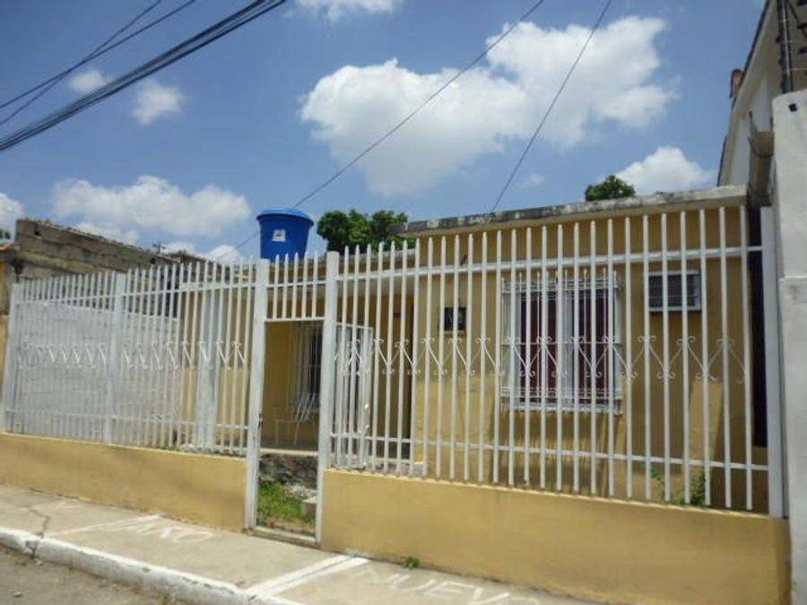 francisco r 416 9519523vende casa barquisimeto rah 21 8989